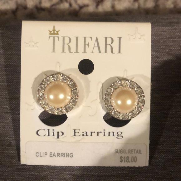 Trifari Jewelry - Silver, Pearl and diamond clip on earrings